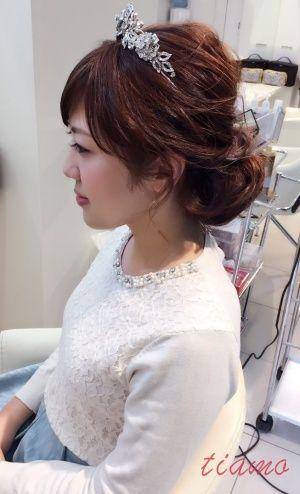 お綺麗な花嫁さまの柔らかフェミニンな3スタイル♡リハ編 |大人可愛いブライダルヘアメイク『tiamo』の結婚カタログ