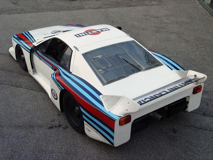 https://i.pinimg.com/736x/f9/82/01/f982012ff8c350623b9278121703227c--road-racing-martini-racing.jpg
