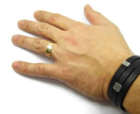 Men S Hammered Wedding Band 7mm Wide 14k Wedding Ring Etsy Hammered Wedding Bands Mens Yellow Gold Wedding Bands Ring Finger For Men