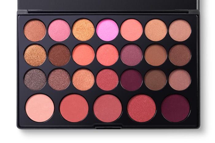 26 Color Eyeshadow and Blush Palette | BH Cosmetics - $10