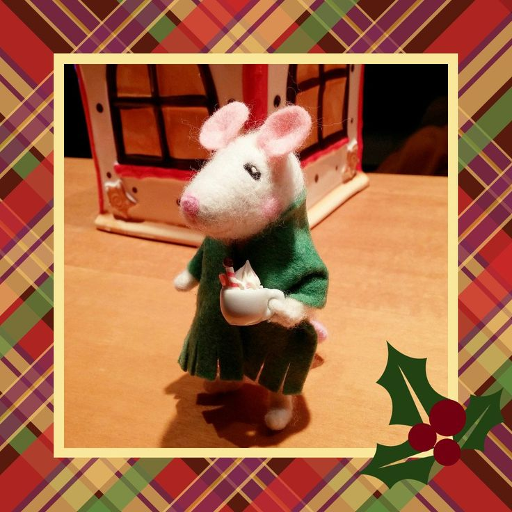 Cute mouse with a cup of hot cocoa/chocolate by HappyFeltingHour on Etsy