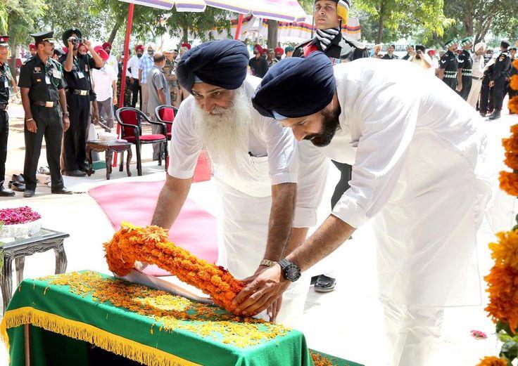 Paying tribute to the soldiers who died in 1965 war #SAD #shiromaniakalidal #parkashsinghbadal #1965war #bikramsinghmajithia
