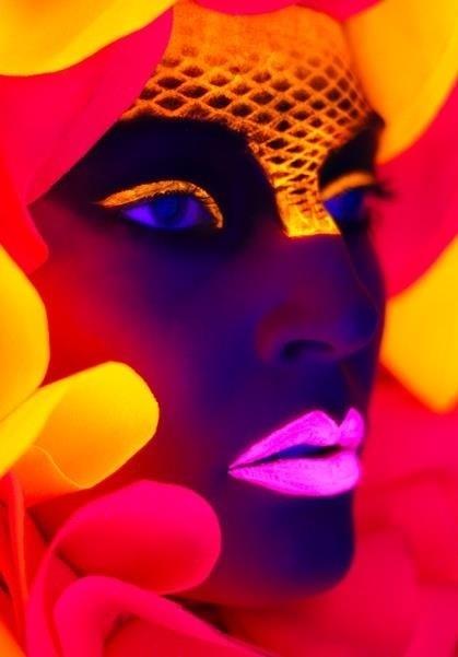 Glowing makeup image via www.Facebook.com/WildWickedWomen