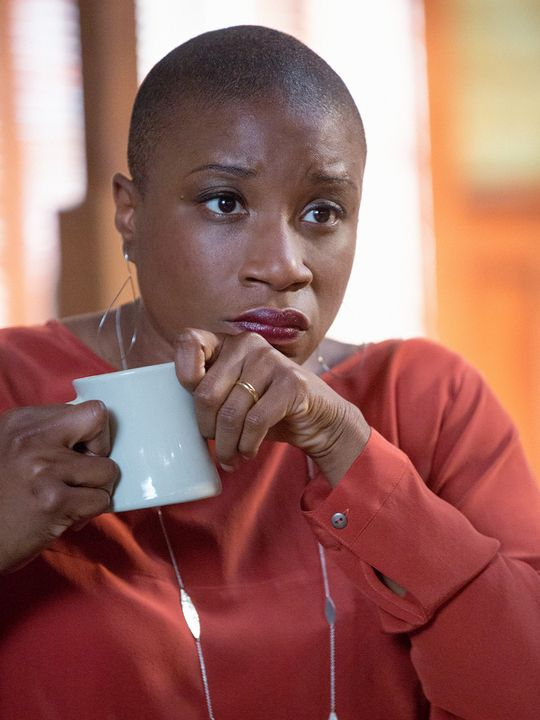 Under the Dome Photographs | Under the Dome (TV show) Aisha Hinds as Carolyn Hill