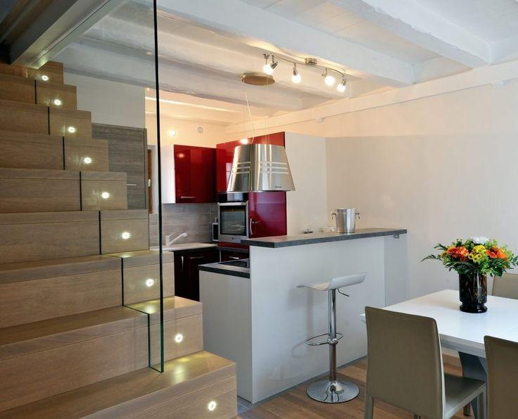 Escalier design Linea, avec marches et contremarches bois Ascenso