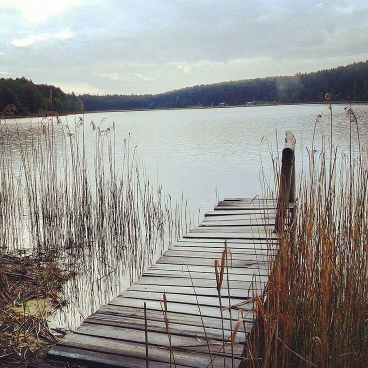 Moody autumn views of kashubian lakes. It is worth to go there at any time of the year. / Nastrojowe jesienne widoki kaszubskich jezior. Warto tam pojechać o każdej porze roku.
