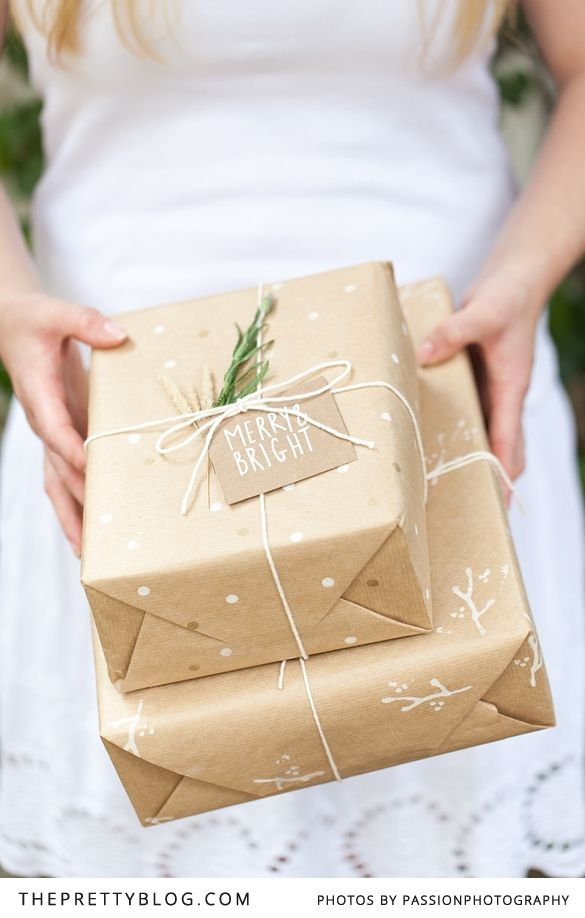 Simple and stunning. Who needs expensive wrapping paper! - HOW TO PRINT YOUR OWN GIFT WRAPPING PAPER