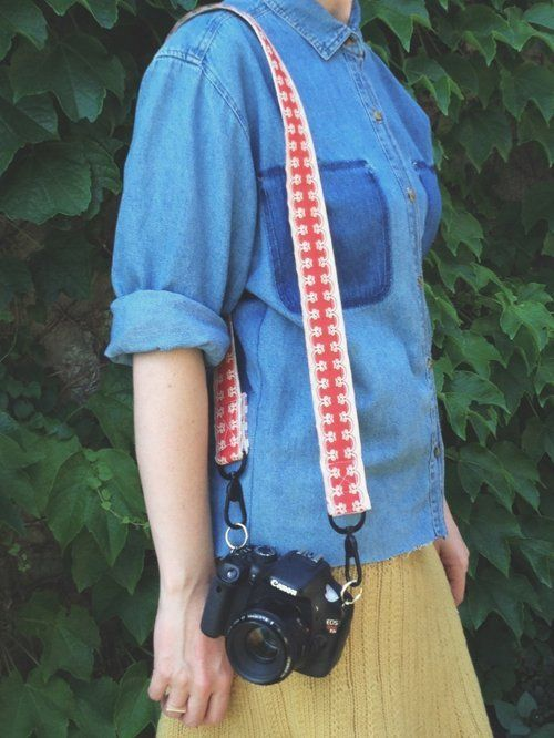 Make It Yourself: 20 DIY Camera Strap Projects | Diy ...