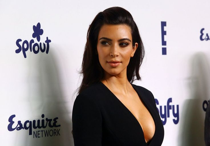 Kim Kardashian still loves and uses her BlackBerry Bold, owns 3 Bold devices - http://blackberryempire.com/kim-kardashian-still-loves-uses-blackberry-bold-9900-owns-3/ #BlackBerry #Smartphones #Tech