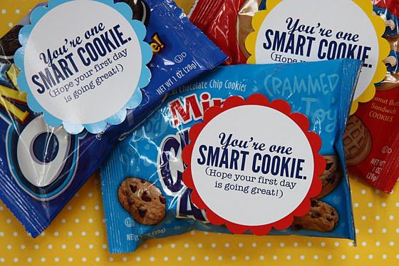 Free back to school printable (cookie tag) and links to many others