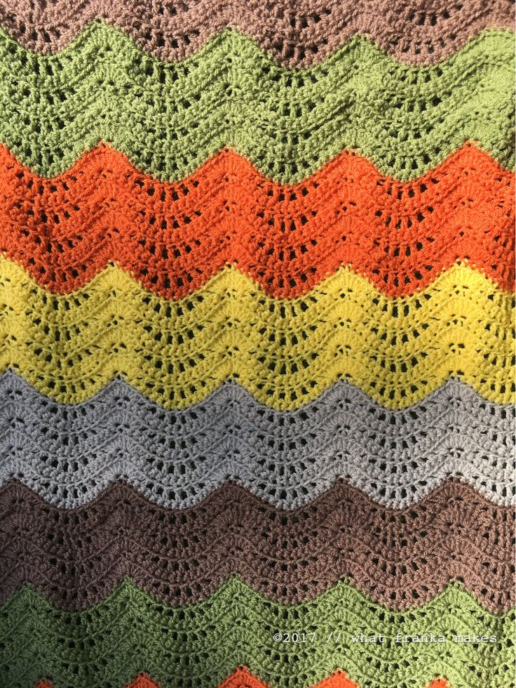 what franka makes: Feather and Fan Baby Blanket (pattern: persialou.com).  Yarn: Stylcraft Special DK, parchement, mocha, meadow, spice and citron.