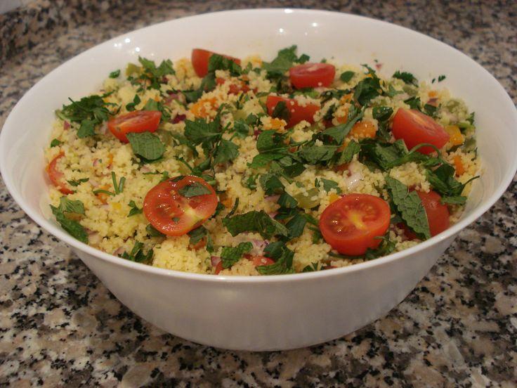 Salada Marroquina de Cuscuz e Legumes