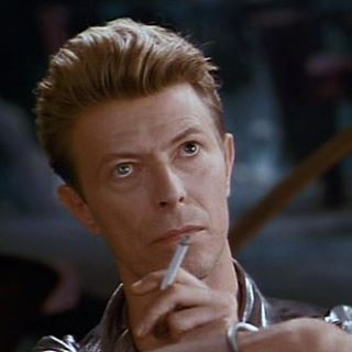 "We don't usually post stuff at this time because now it's 2:57 AM where we live. But I, Vany, can't sleep anyway so here's a pic of David in the movie ""The Linguini Incident""  Have you seen the movie and what did you think about it? I have, and I loved it  #DavidBowie #DavidRobertJones #actor #movie #TheLinguiniIncident"