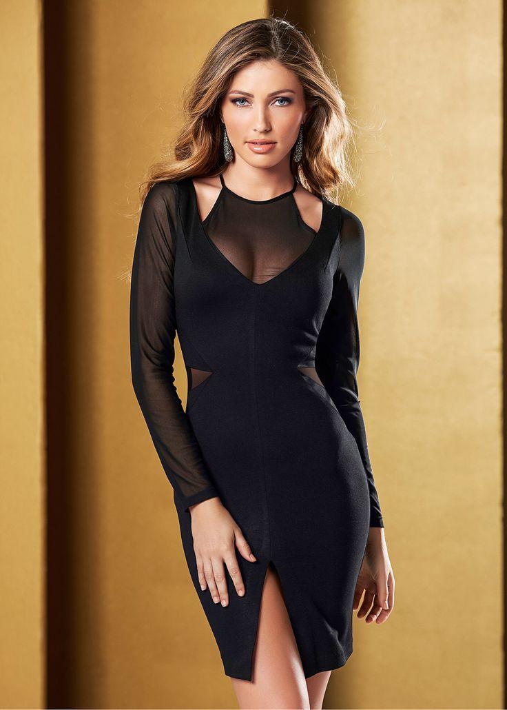 Vestido preto justo manga comprida