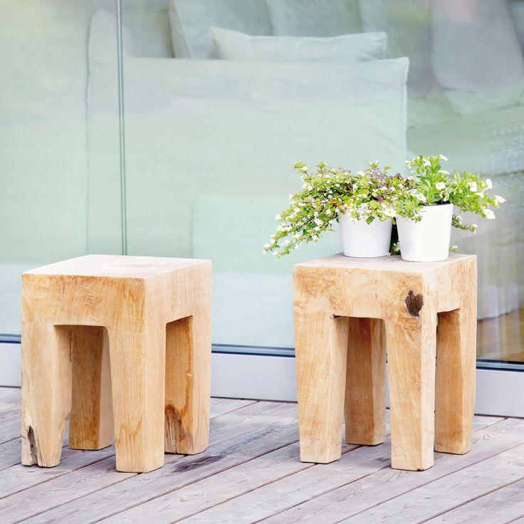 JAVA HOCKER, ECKIG, UNIKAT Der Java Hocker von Jan Kurtz ist ein Traum jedes Holz-Liebhabers. Seine urwüchsige Form strahlt Ruhe und Erhabenheit aus.