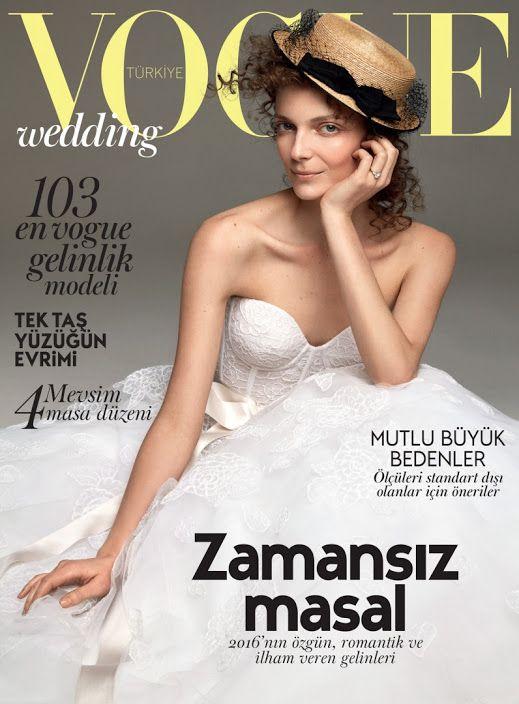 2016'nın özgün, romantik ve ilham veren gelinleri için stil ilhamı, Vogue Türkiye Wedding ekinde.   Devamı için >> http://vogue.com.tr/moda/vogue-turkiye-2016-wedding-eki  ♥♥♥