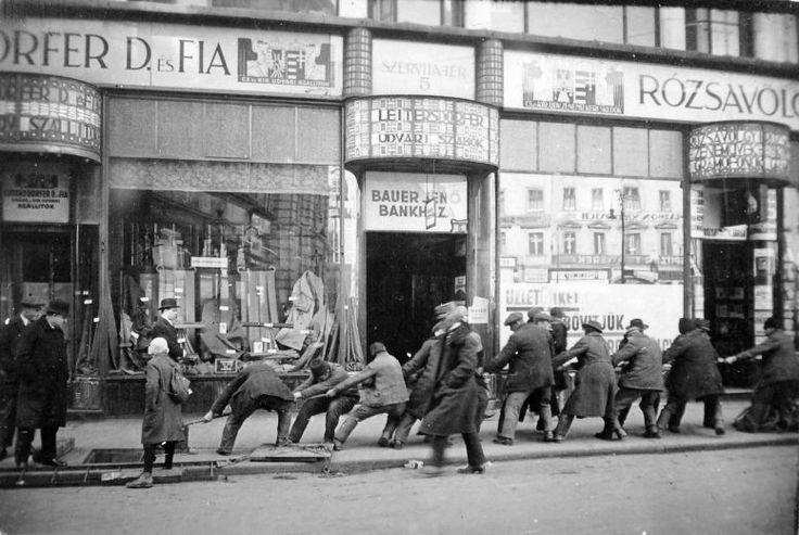 Régi kirakatképek Budapesten