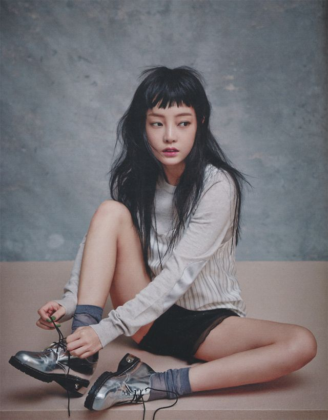 Nylon Korea | Love everything about this look: the short choppy bangs, long sleeved shirt with shorts paired with metallic shoes.