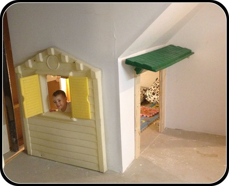 Lighting Basement Washroom Stairs: 17 Best Images About Play House Under Stairs On Pinterest