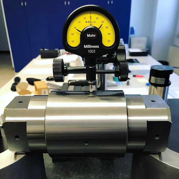 Test on shafts with 8 grinded millings! #crbearings #bearings #rollerbearings #factory #manufacturing #production #rodamientos #brand #italy #italianstyle #bearingmanufacturer #highquality #bearing #rodamiento #precision #mechanical #mechanics #steel #industry #backuproller #handling #combinedbearings #advancedsolutions