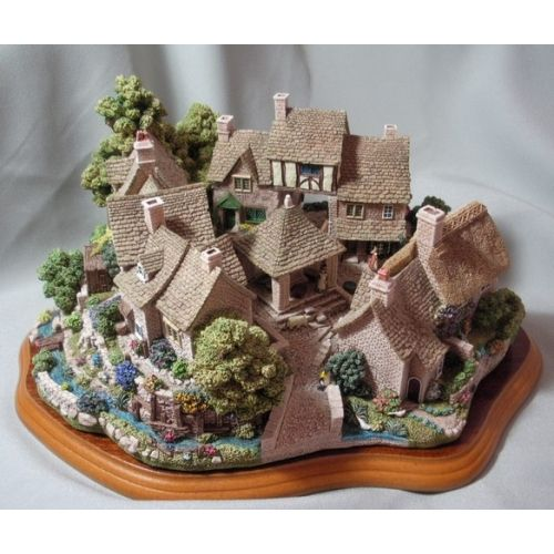 Lilliput lane miniature cottages google search for Garden rooms stagsden