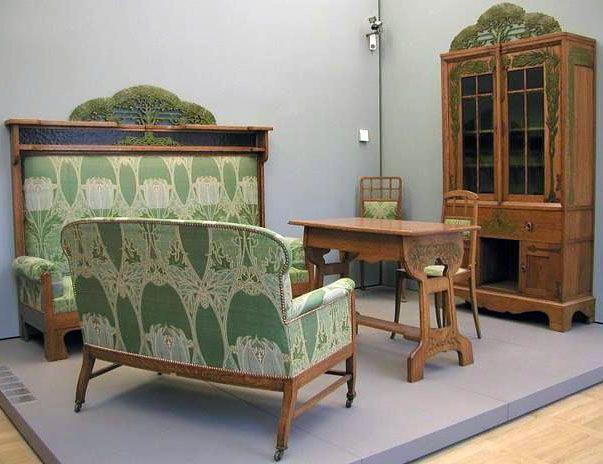 Art Nouveau - Salon - Iberto Issel - 1902 - this feels more Craftsmen to me than Nouveau but he is identified as Art Nouveau