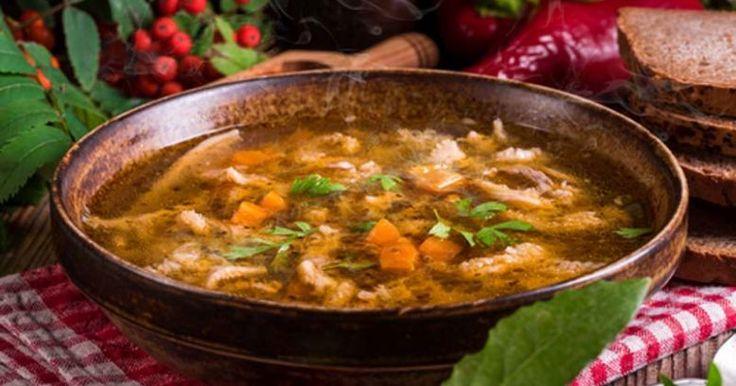Saporite e nutrienti, le zuppe sono il piatto ideale per combattere il freddo invernale. Ecco alcune tra le più antiche e amate della tradizione italiana