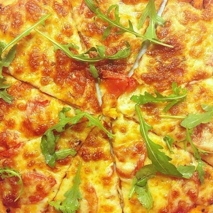 Cea mai reusita reteta de pizza cu blat subtire