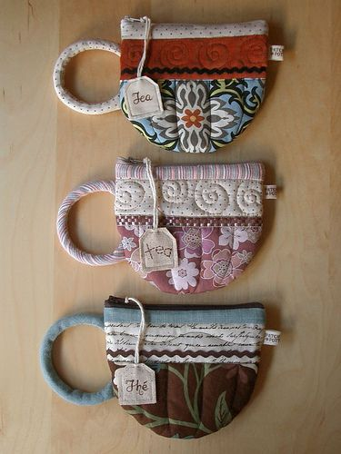 Quilted teacup hotpads