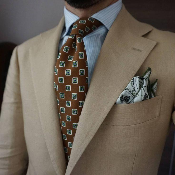 Goooo morning Beige Linen suit