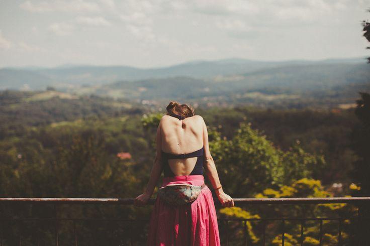 #summer #lato #back #polish #girl #girlfriend #sun #słońce #Lanckorona #Poland #Krakow #pink #skirt #mountains #view