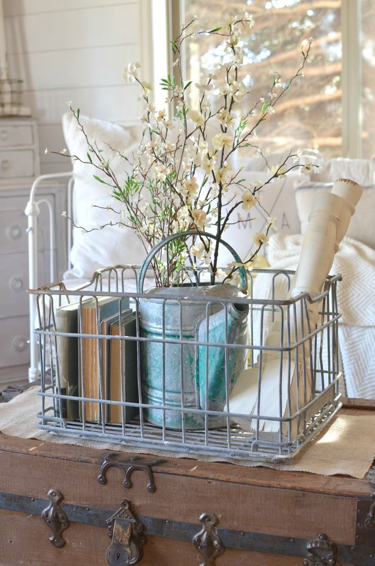 vintage / farmhouse / organization / styling / vignette / galvanized container / metal basket