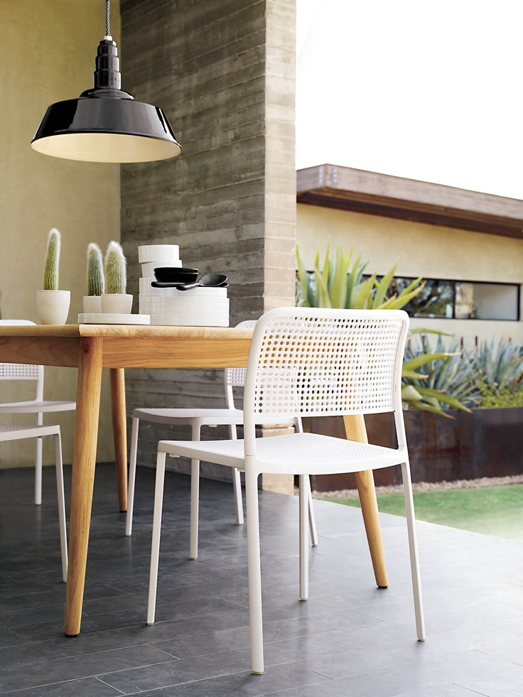 Audrey chair by Piero Lissoni | Functional versatility with a contemporary aesthetic