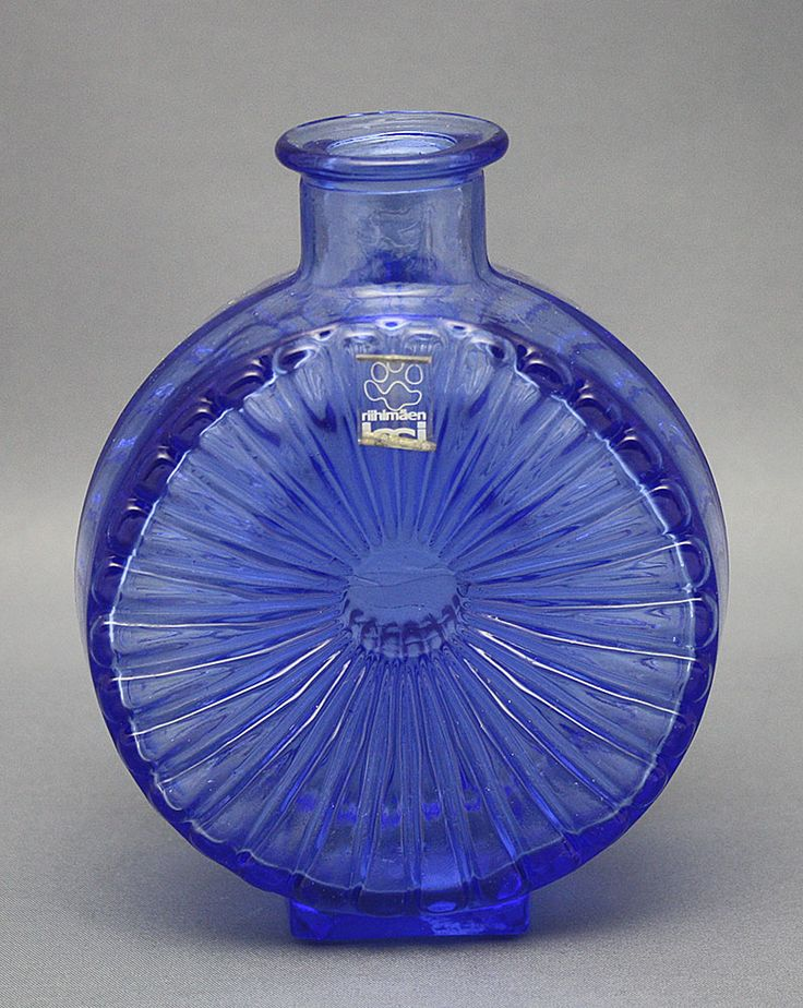 Aurinkopullo glass vase by Helena Tynell. Vintage.