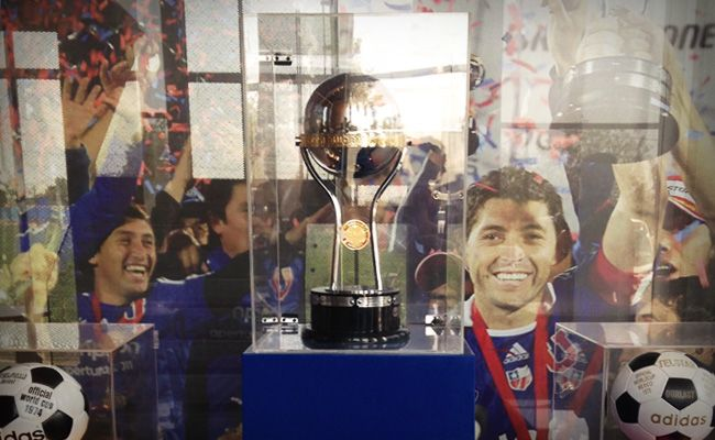 Club Universidad De Chile - People as Products