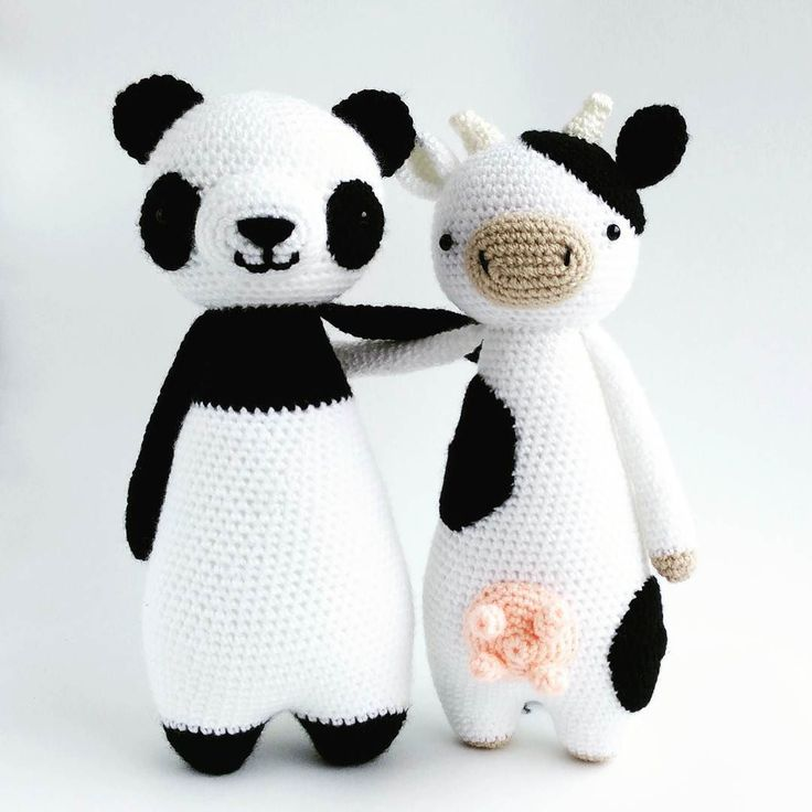 littlebearcrochets:: Stylish in black and white Panda pattern is available in…