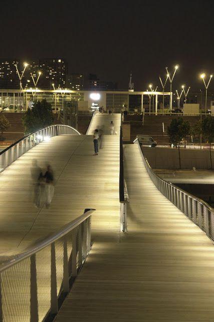 Simone de beauvoir footbridge paris france by dietmar - Architecte designer paris ...