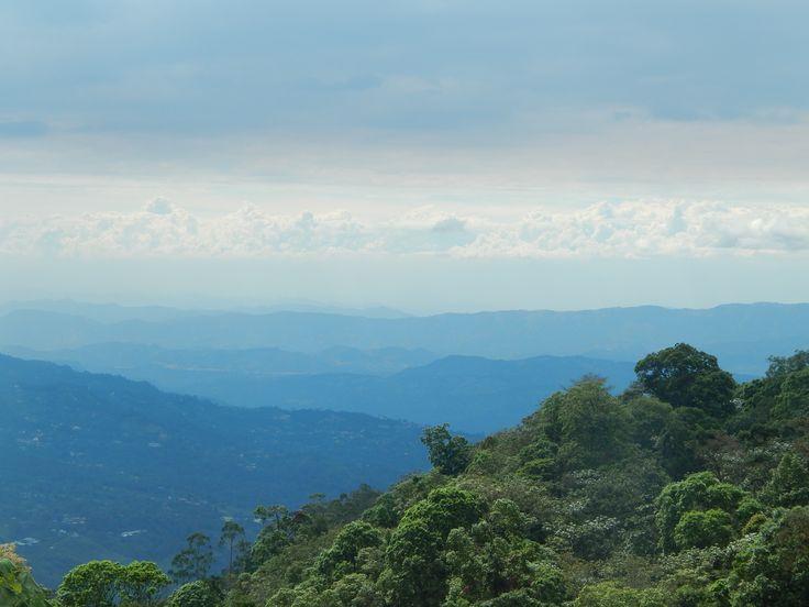 Paisaje desde el balcón de una casa en Chicaque, Cundinamarca #landscape