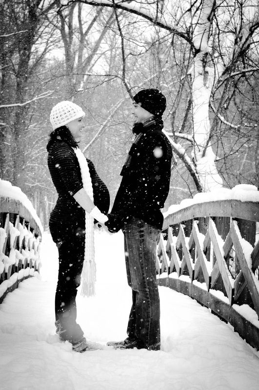 Winter Maternity Pictures, Go To www.likegossip.com to get more Gossip News!