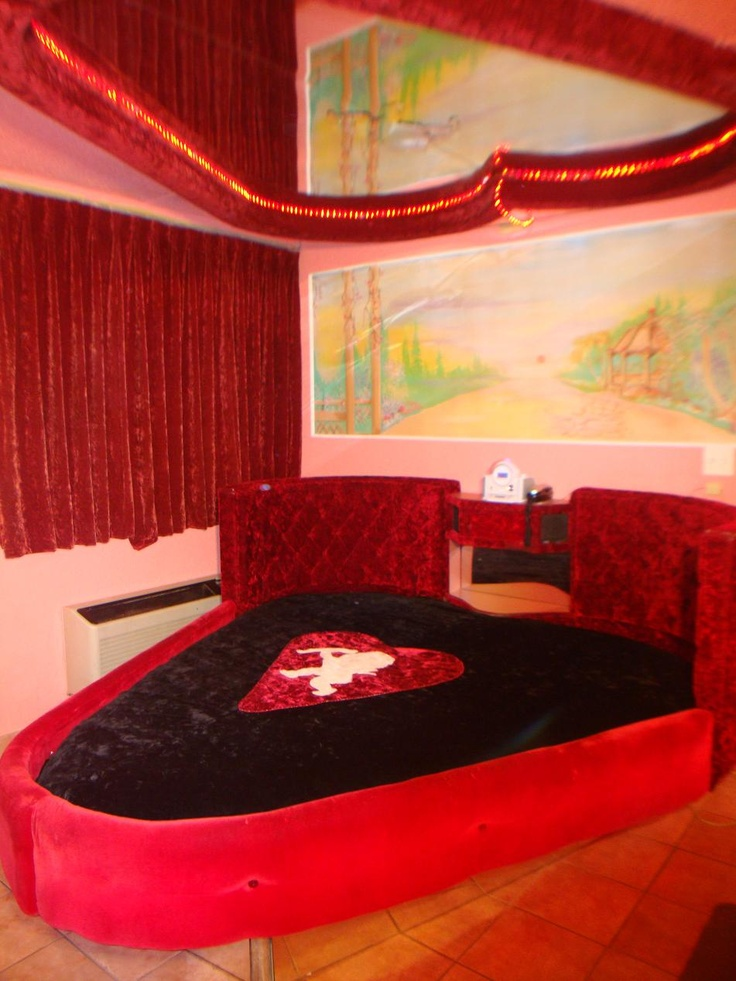 Rainbow Motel Pink Palace Fantasy Suites Chicago  Wedding Honeymoon Fantasy Suites in 2019  Rainbow motel Fantasy suites Motel