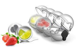おしゃれなフルーツ入りアイスボールが作れる製氷トレイで夏を満喫♪