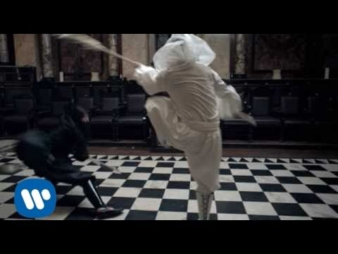 Biffy Clyro - Mountains (Official Music Video) - YouTube