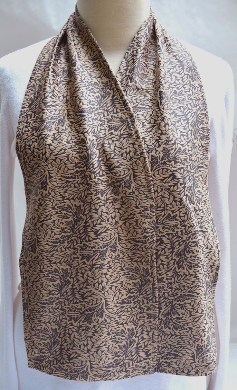 PERSONAL CARE   ADULT BIBS   Leaf Print Cravaat - DinerWear dining scarf as adult bib made of brushed microfiber