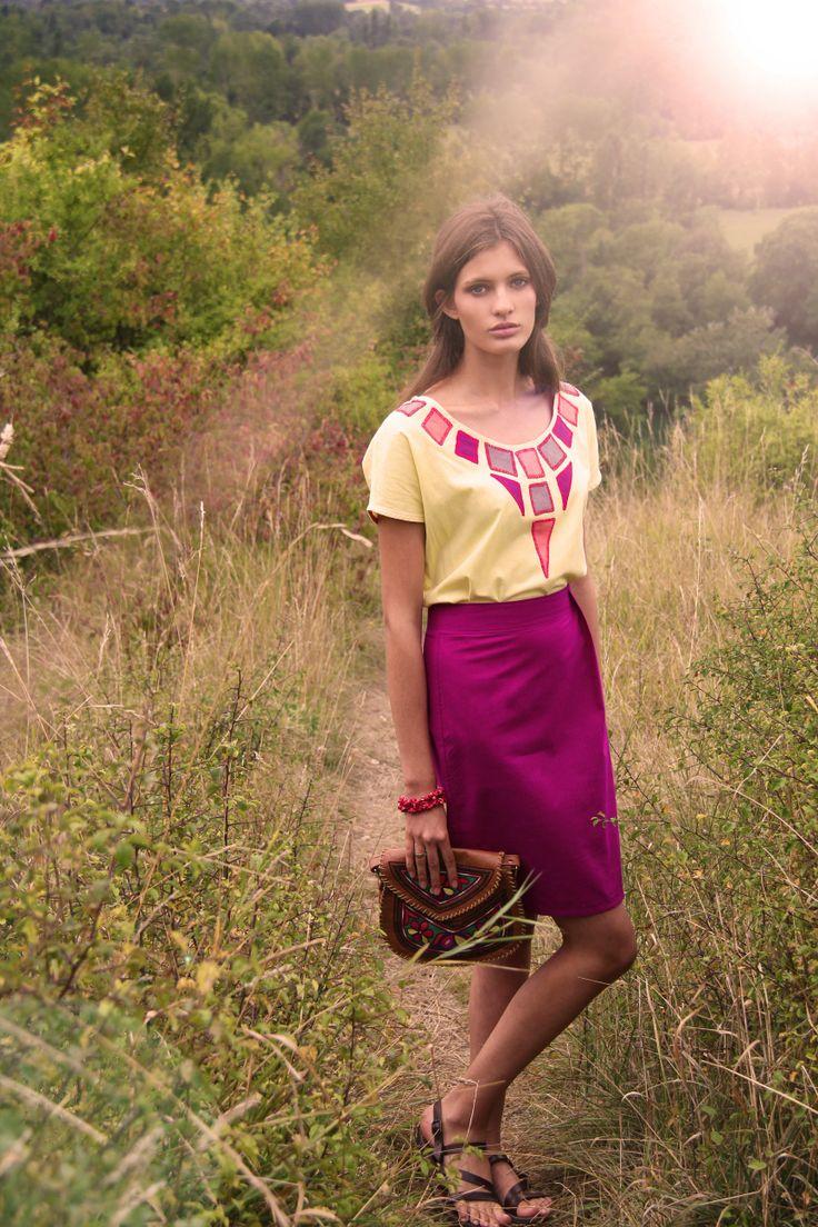 Top SHATASH / Skirt CHABBISH - 100% Hand Woven Cottom from Bangladesh - Hand embroidery www.originesnomades.com