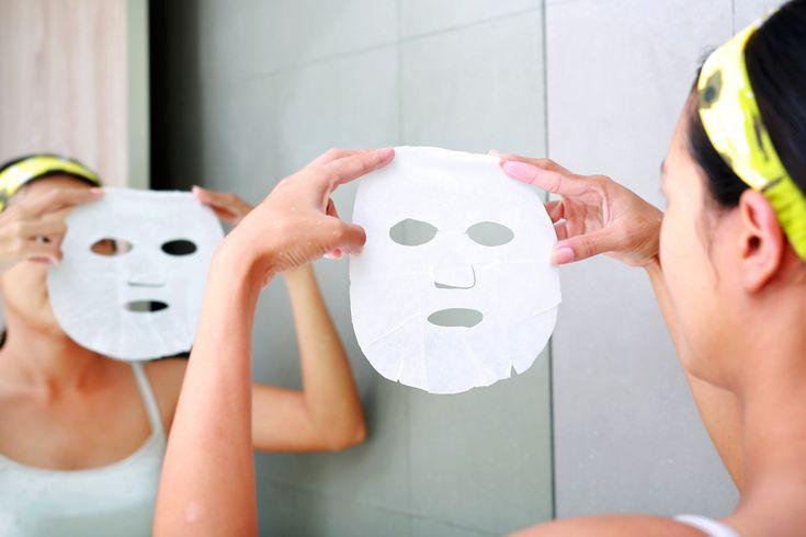 Amióta a koreai fátyolmaszk bekerült a köztudatba, sokan rákattantak, hiszen pillanatok alatt helyreállítja a bőr vízháztartását. Ha simább, ápoltabb bőrre vágysz, a házi verzióját is elkészítheted!