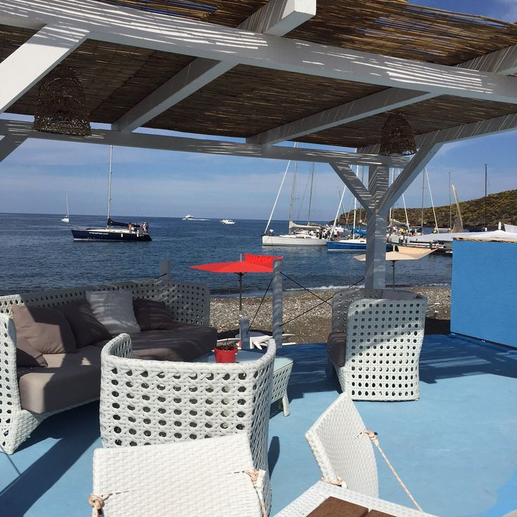Un dehor dove ci si può rilassare dopo una giornata di mare...e poter ammirare un panorama mozzafiato in totale tranquillità.
