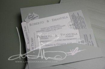 Partecipazione nozze Biglietto Aereo in tinta Salvia. @loredanamariotto.com