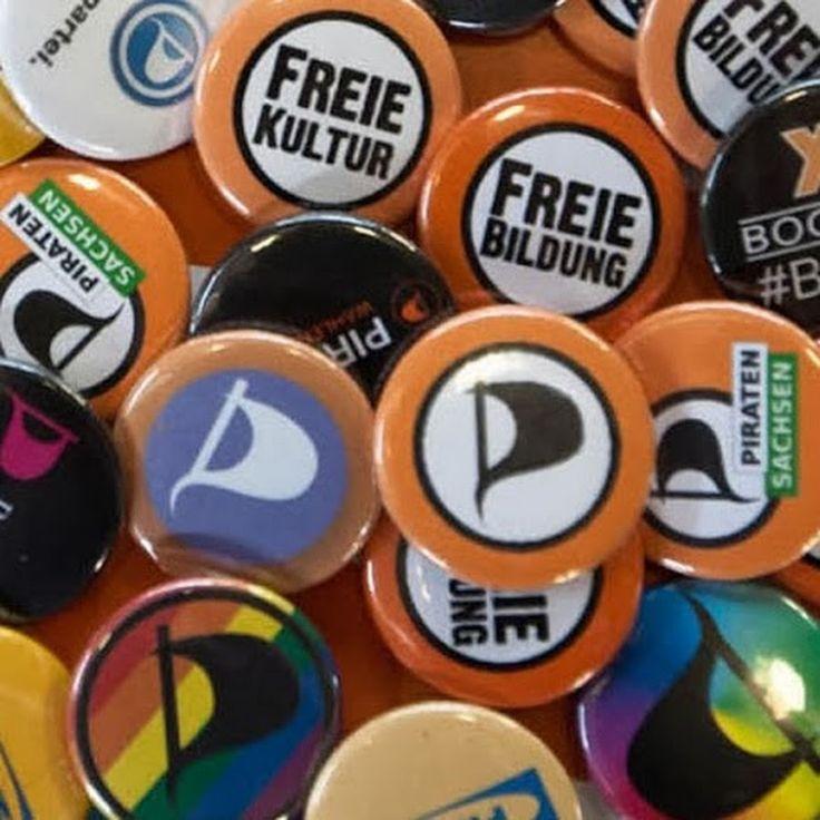 Piratenpartei Deutschland ––––––––––––––––––––––––––––– Home - https://piratenpartei.de . . . . .  Artikel - https://de.wikipedia.org/wiki/Piratenpartei_Deutschland . . . Videos - https://youtube.com/user/Piratenpartei/videos (221) Playlists -  https://youtube.com/user/Piratenpartei/playlists . . . . Likes - https://youtube.com/playlist?list=FLbS4N9zvB6flOYdNcJCSqbw (4.3k) Fotos - https://flickr.com/photos/piratenpartei . . . . . . . . Twitter - http://twitter.com/piratenpartei