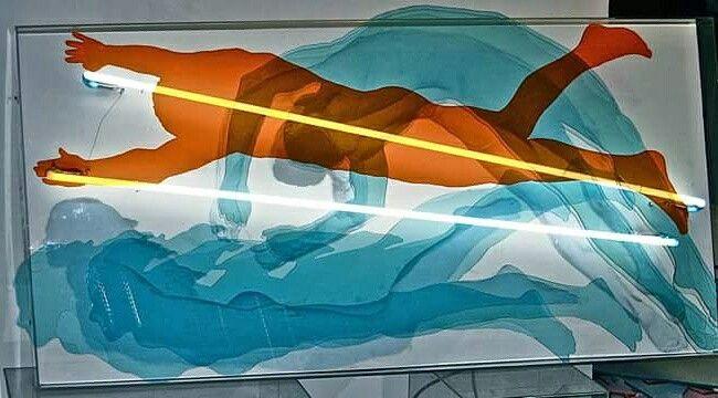 """L'opera """"La memoria della luce"""" fa parte della mostra Spazi simultanei, alla RO.MI. Arte contemporanea, nel programma della London Biennale 2016, Direttore David Medalla, Coordinatore internazionale Adam Nankervis."""