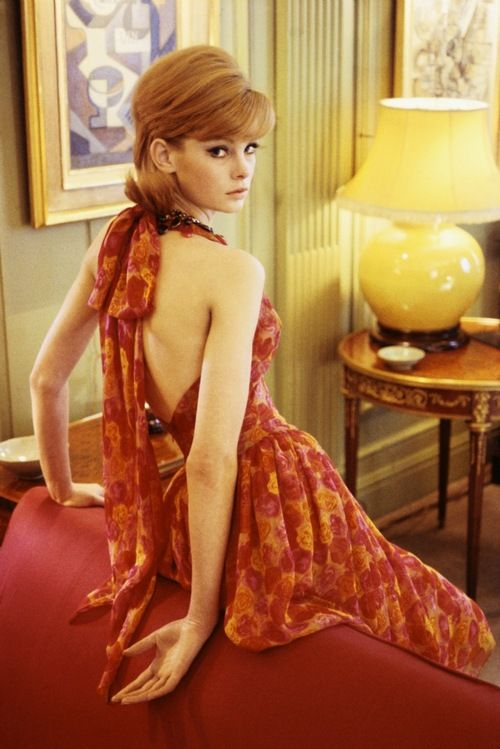 Jean Shrimpton poses in a backless dress, 1960s. | via tumblr